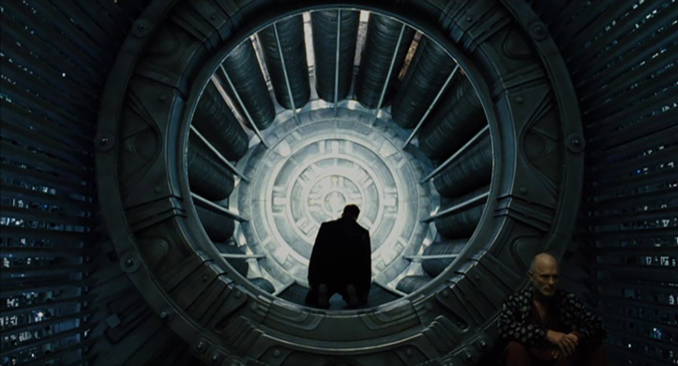 "The perpetual motion machine in front of the train in Joon-ho Bong's movie ""Snowpiercer"""